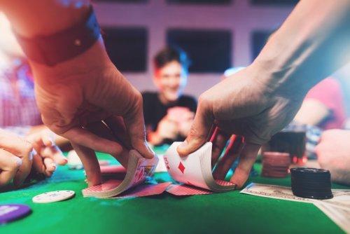 Poker Apps & Games